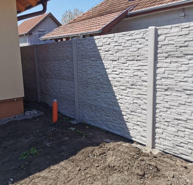 Albertirsa Törtkő (standard) betonkerítés)