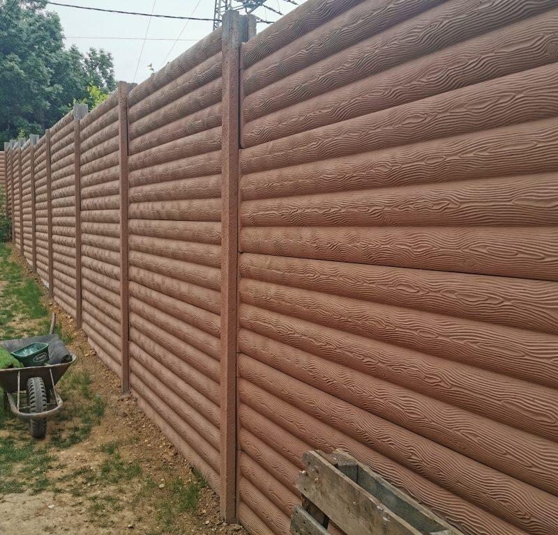 Nagykovácsi Farönk (standard) Betonkerítés - ügyfél által festve-